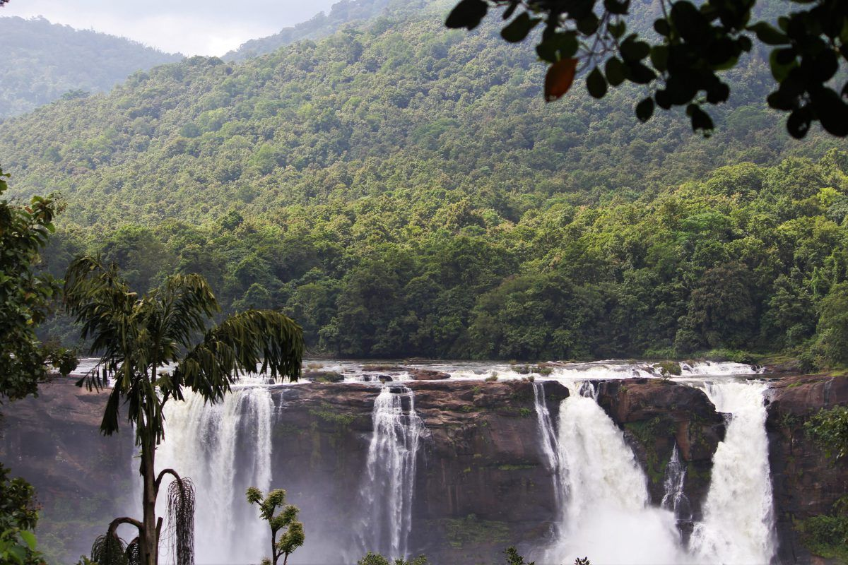 caribbean cascade daylight 247041 e1558432068584
